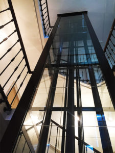 Vivalift noir escaliers 1